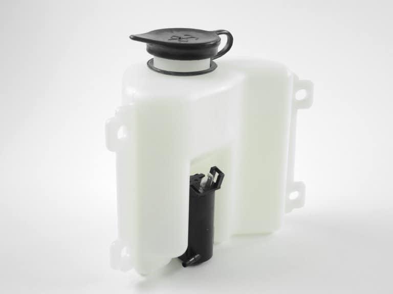 Kunststofftank mit Gummikappe