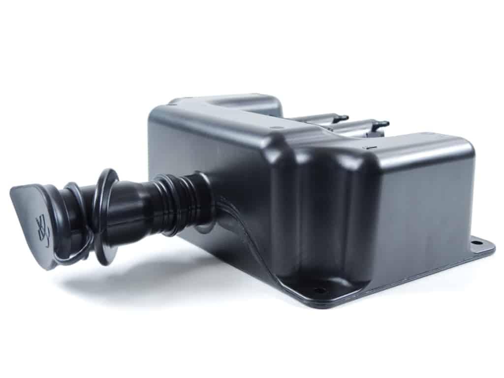 Kunststofftank schwarz mit Gummikappe